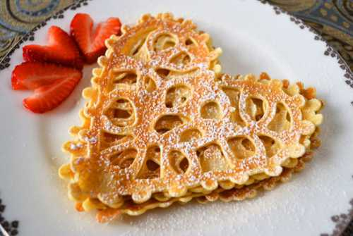 pancakes on yeast: the recipe for thick and magnificent on kefir, curdled milk or milk